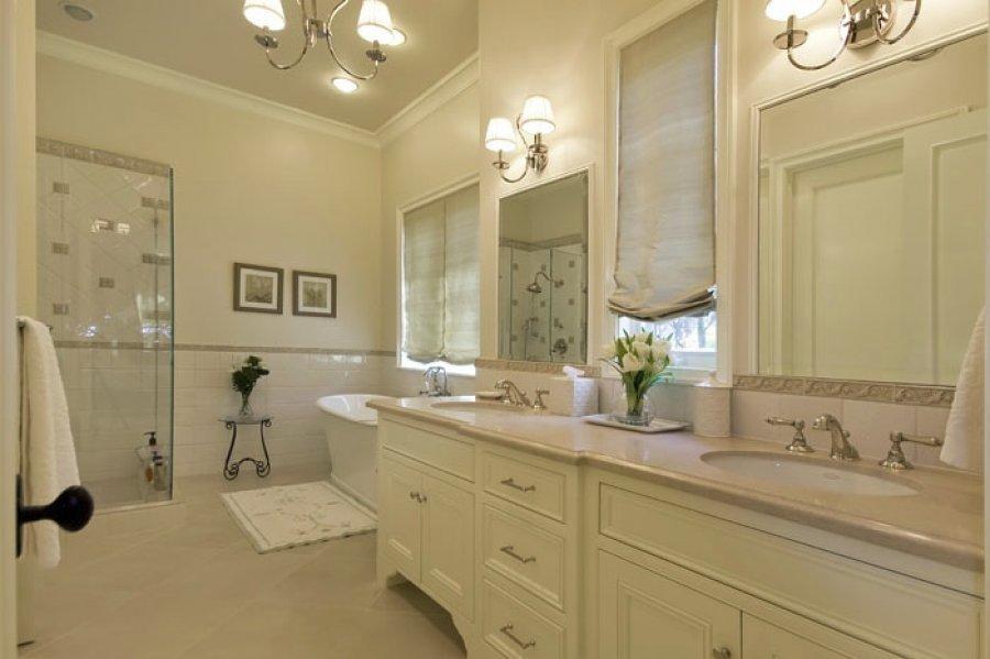 upstairs-master-bath1